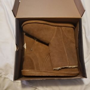 BearPaw Shoes   Nwt Pam Booties Size 10
